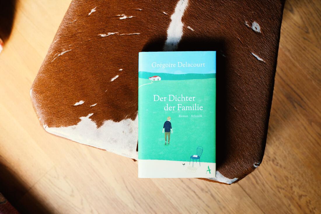 gregoire-delacourt-der-dichter-der-familie-schonhalbelf-buchblog-rezension-kritik-empfehlung-buchtipp